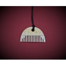 Germanic 3 ply bone comb